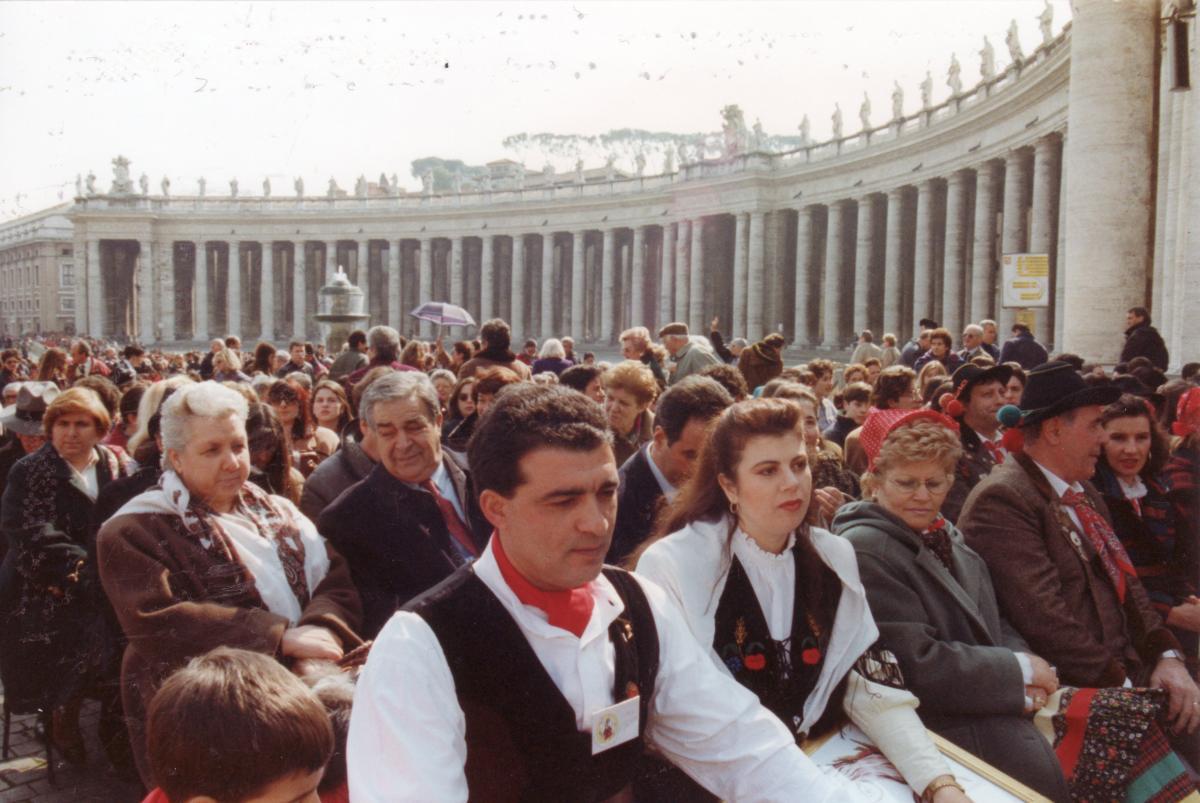 PAPA GIOVANNI PAOLO II  INCONTRA IL MONDO DEL FOLKLORE 1994